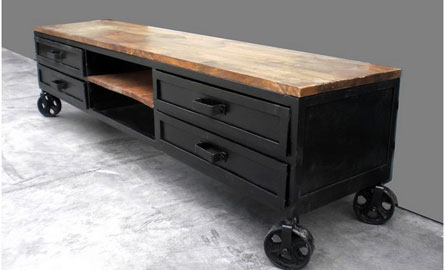 mobilier table renover meuble industriel. Black Bedroom Furniture Sets. Home Design Ideas