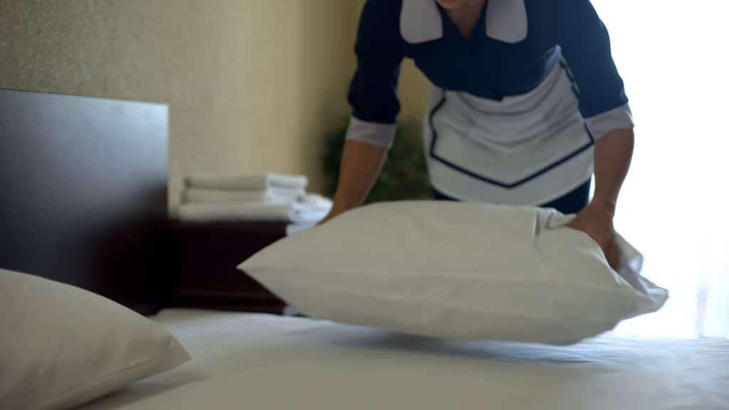 oreiller à plumes propre après lavage