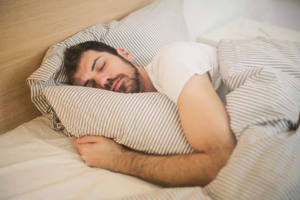 Comment faire pour arrêter de bouger dans son lit ?