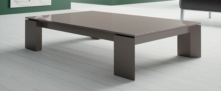 La table basse indispensable au canap - Grande table basse de salon ...