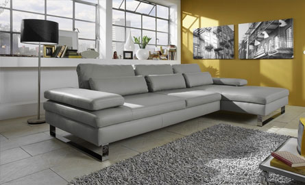 Six beaux canapés d'angle en cuir gris
